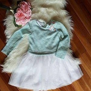 Young land girl dress